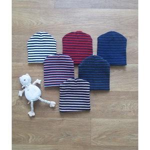 Фотография детская шапка в полоску Миратекс