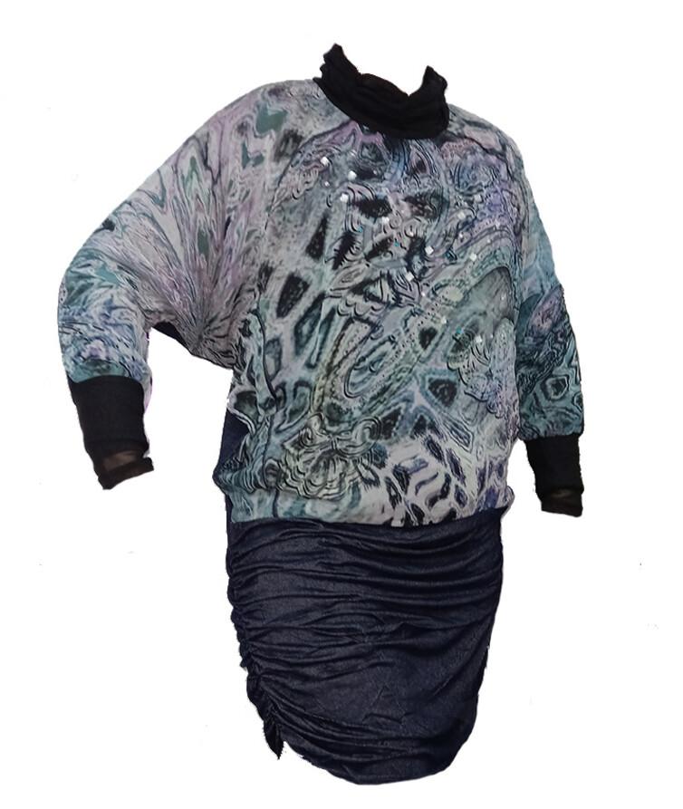 Женская туника (платье) с длинным рукавом